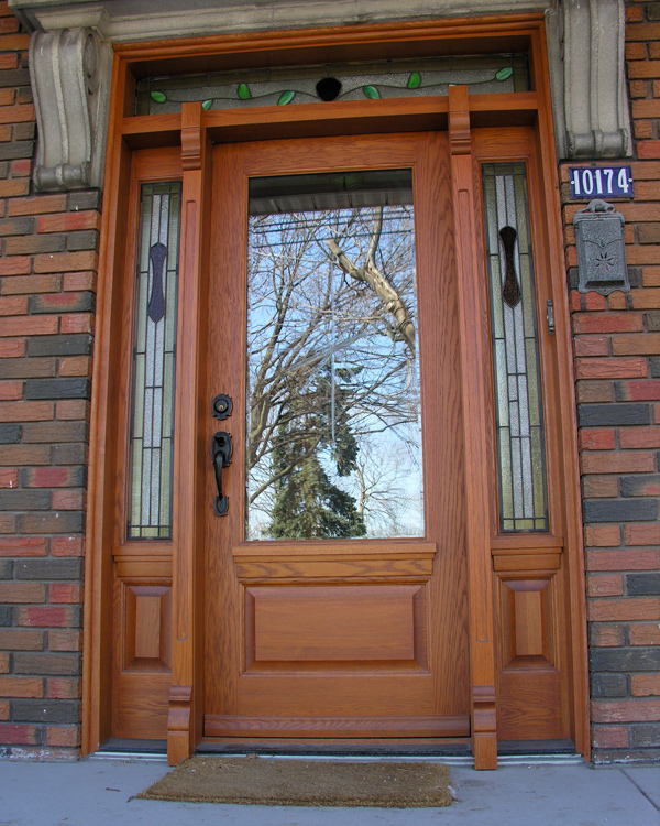 Achievements legacy doors and windows nocra montreal for Porte bougie en bois